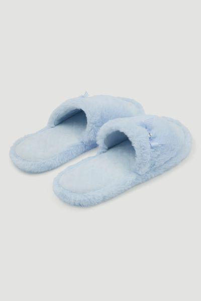 Blue Fur Slider - Nutmeg