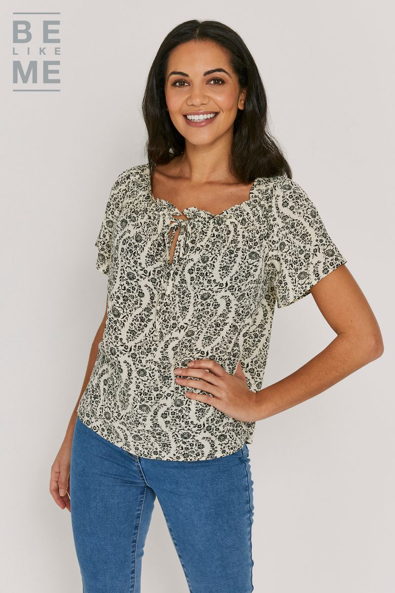 Be Like Me Floral Monochrome Top