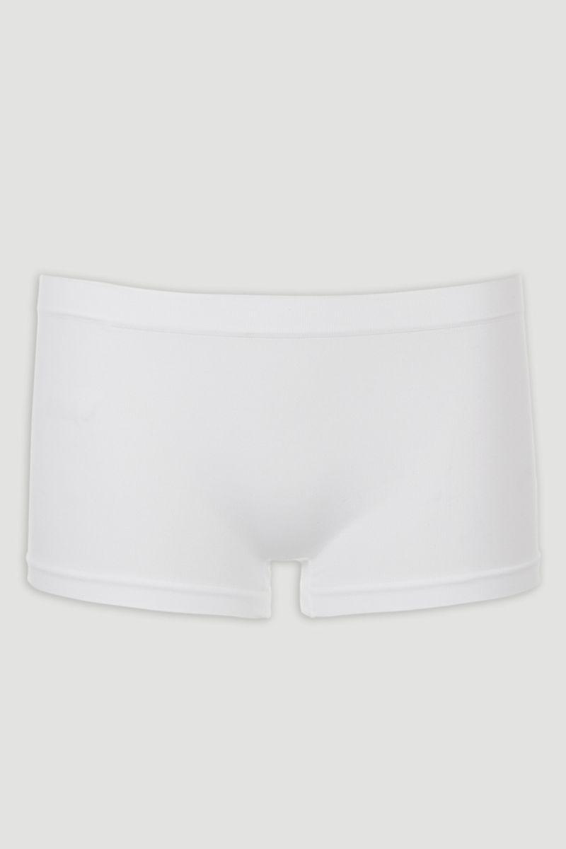 white seam free short