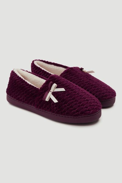 Berry Bow Slippers