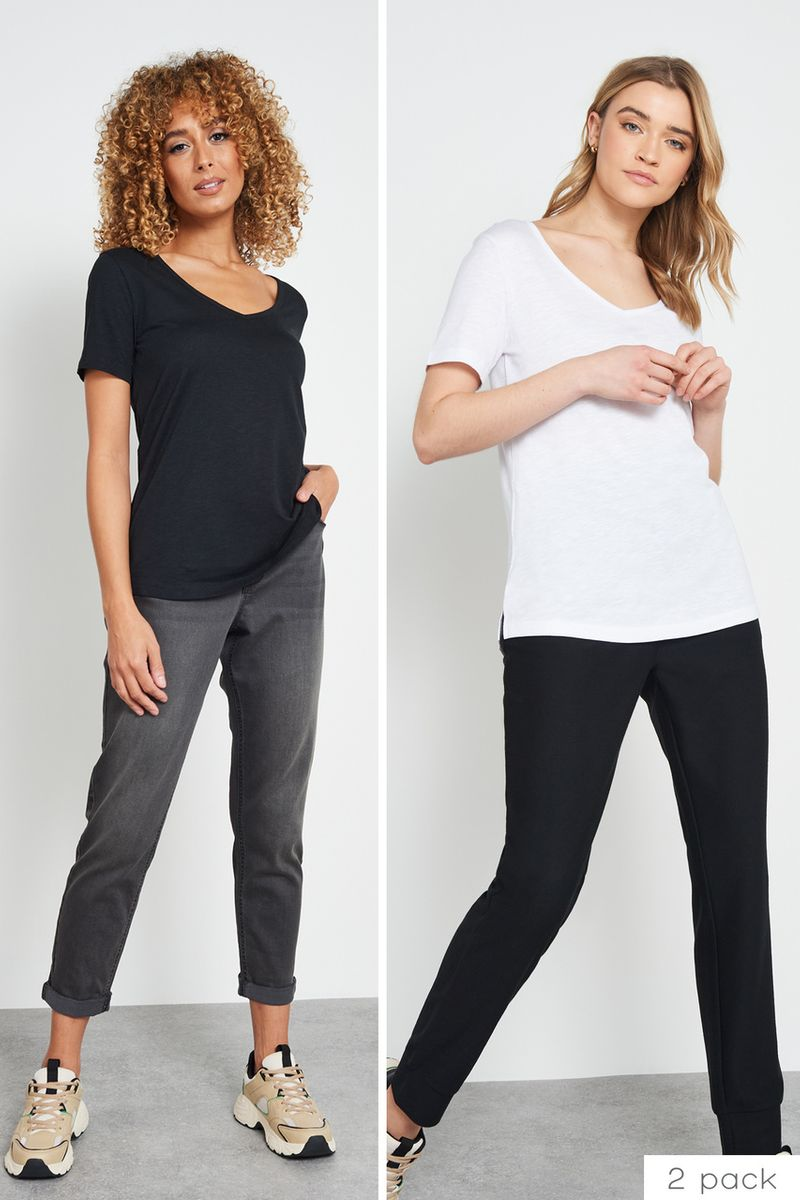 2 Pack Black & White T-shirts