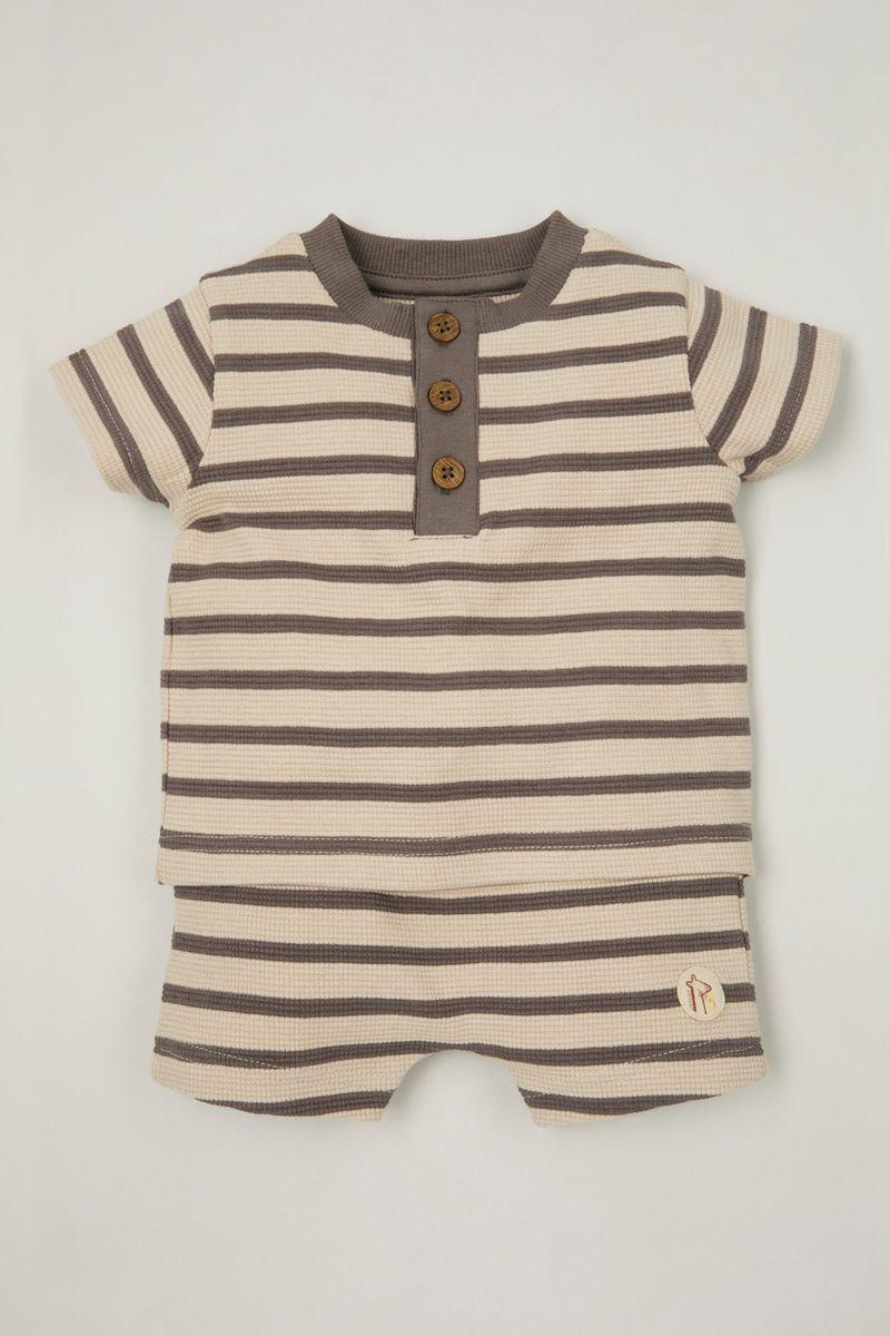 Textured Stripe T-Shirt & shorts