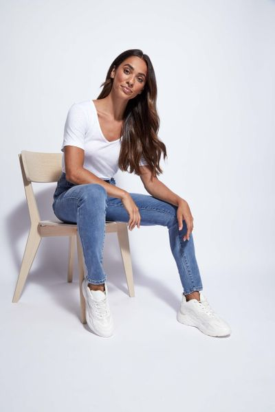 Online Exclusive Washed Blue Shaper Jeans