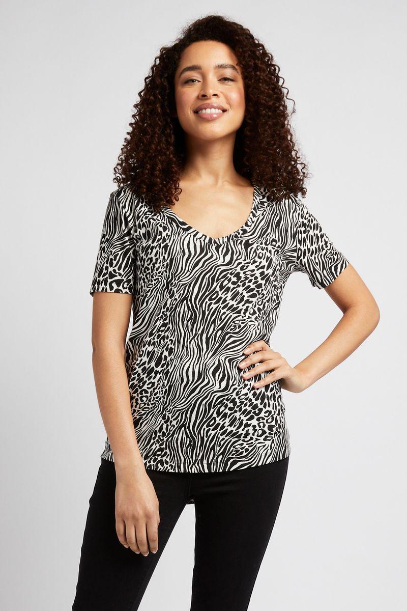 Short Sleeve Animal Print T-shirt